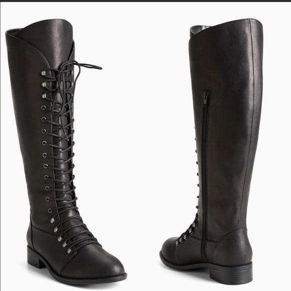 84ef52a2710 Torrid wide calf black lace up combat boots sz 8.5